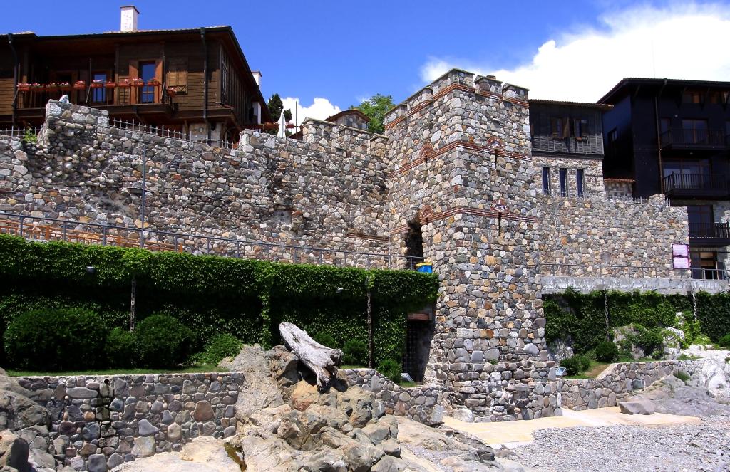 Южна крепостна стена и кула, град Созопол