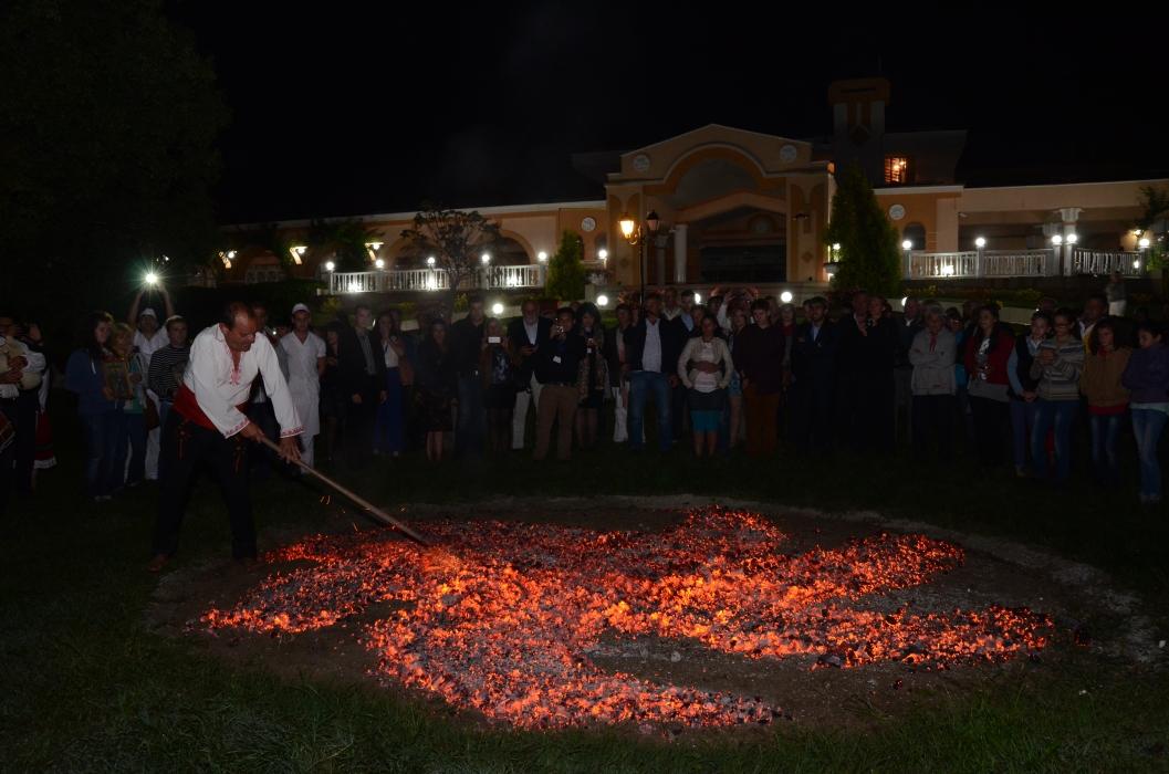"""Ритуал """"Нестинарство"""", представен от г-н Михаил Георгиев"""