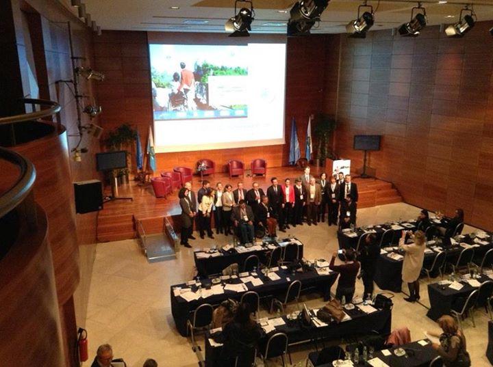 Обща снимка на говорителите от конференцията с Г-н Теодоро Лонфернини, Министър на туризма на Сан Марино