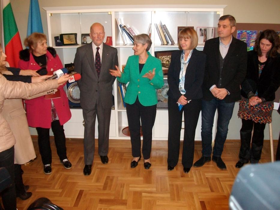 Opening of the exhibition with welcoming speeches of Ms. Mima Stoilova, Ms. Irina Bokova and Ms. Yordanka Fandakova