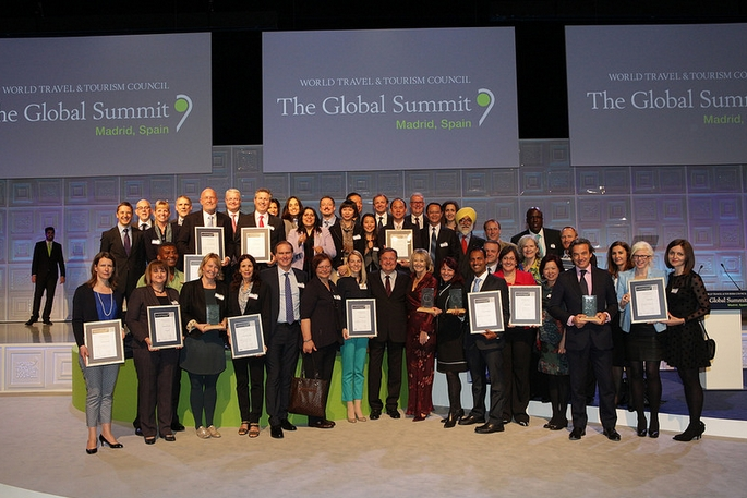 General photo of all participants after the end of the official award ceremony