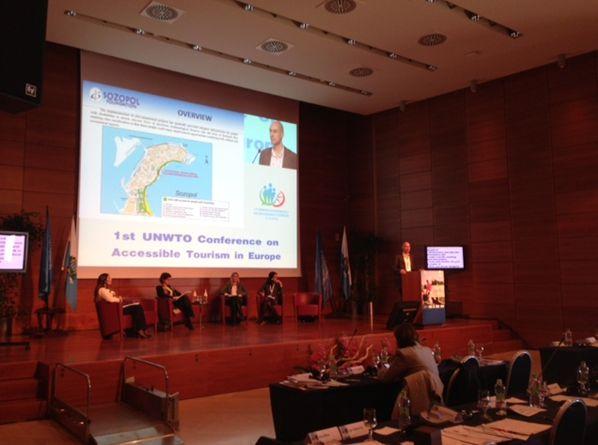 """Г-н Любомир Дуранкев, консултант на Фондация """"Созопол"""", по време на Конференция на Световната организация  за достъпен туризъм"""